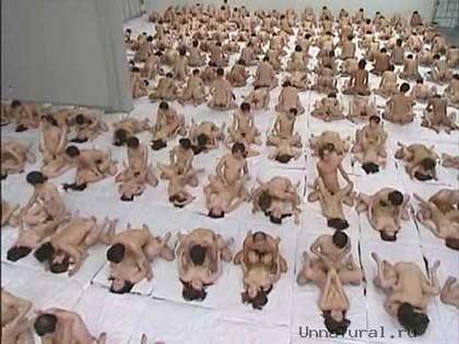 orgy girls busy Японцы бьют все рекорды: самая большая оргия в мире.