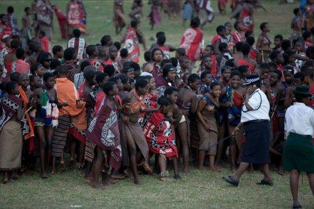 Mswati 10 Как выбрать себе жену или 70 000 голых девственниц