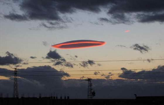 ufo clouds2 23 самых необычных природных явления