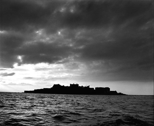 hashima Мертвый город на острове Хашима