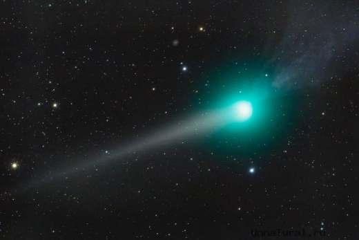 kometa К Земле приближается огромная комета