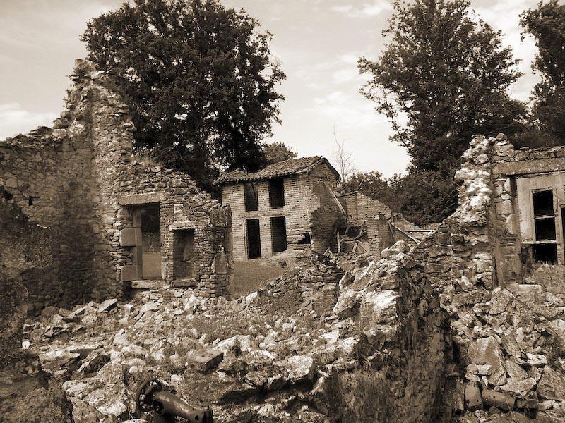 oradour2 Орадур сюр Глан, Франция город призрак
