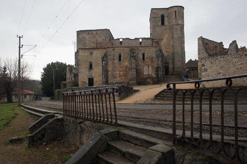 oradour3 Орадур сюр Глан, Франция город призрак
