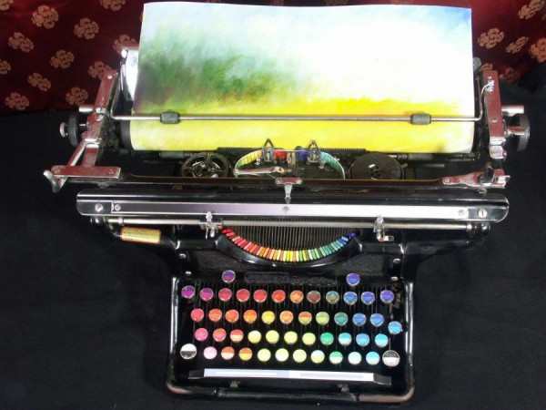 http://unnatural.ru/wp-content/gallery/chromatic-typewriter/chromatic_typewriter_1.jpg