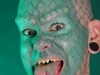thumbs crazy body art lizard man 332x500 17 самых модифицированных людей на планете Земля