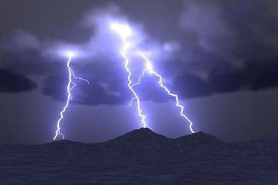 114 В Пятицу 13, в 13:13, в 13 летнего подростка ударила молния
