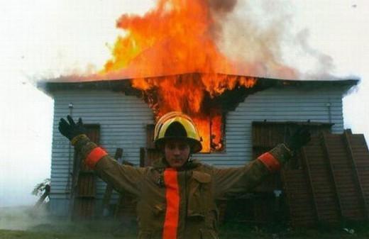 Funny p13 520x337 Для чего нужны пожарные?