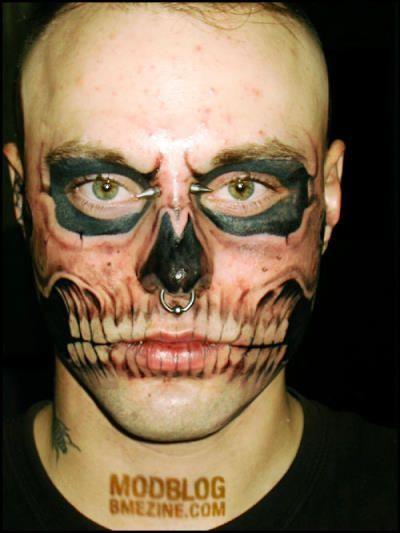 skull tatoo 1 17 самых модифицированных людей на планете Земля