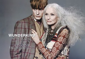 Daphne Selfe 1 300x209 Дафна Селф   успешная 82 летняя супермодель
