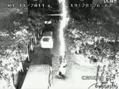 double lighting Китаец выжил после двух ударов молнии
