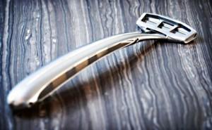Zafiro Iridium 1 300x185 Zafiro Iridium: самый дорогой в мире бритвенный станок стоимостью $100 000
