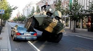 Arturas Zuokas 1 300x166 Сказ о том, как один веселый мэр отучал нерадивых автомобилистов от привычки где попало парковаться