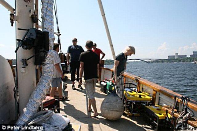 underwater spacecraft 3  Исследователи морских глубин обнаружили на дне Ботнического залива взлетную площадку инопланетного космического корабля