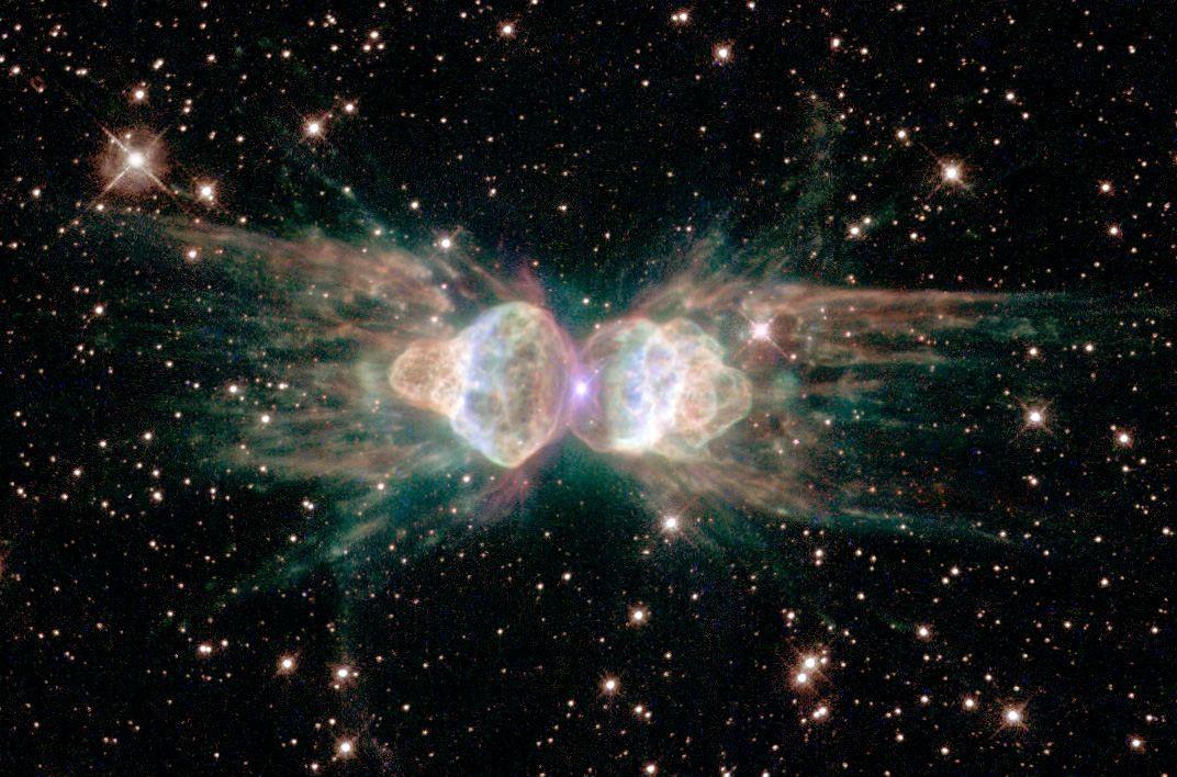 Ant Nebula 11 самых удивительных и невероятных фотографий, сделанных космическим телескопом Хаббл