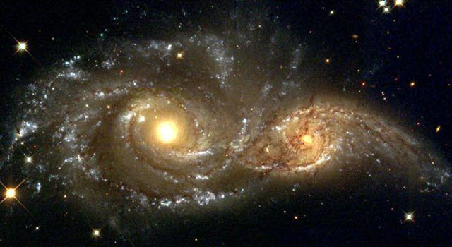 evil eyes Canis Major 11 самых удивительных и невероятных фотографий, сделанных космическим телескопом Хаббл