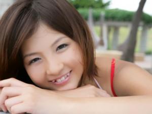 yaeba 2 300x225 Йоба: кривые зубы это модно