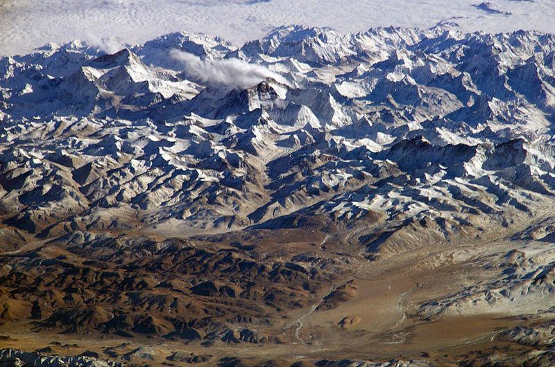 Himalayas ISS Наша удивительная планета Земля: с небес на дно морское