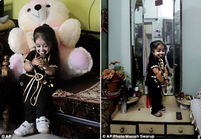 Jyoti Amge 6 65 сантиметровая индианка стала самой маленькой женщиной в мире