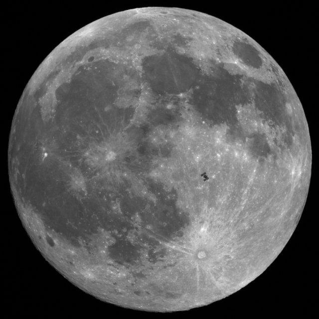 Thierry Legault Moon m Фотографии ближнего космоса от Терри Люгу: МКС на фоне Луны и Солнца