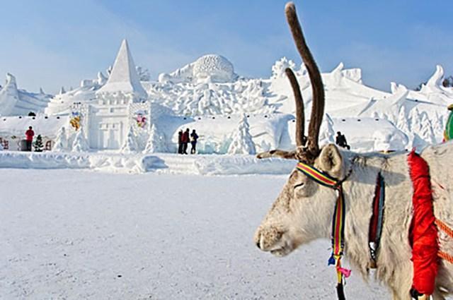 snow sculpture 10 Самые удивительные и невероятные работы скульпторов со всего мира, ставшие жемчужинами Харбинского международного фестиваля ледяных и снежных скульптур