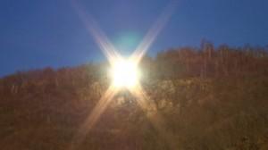 Viganella mirror 300x168 Виганелла – итальянская деревушка, жители которой раскошелились на свое собственное Солнце