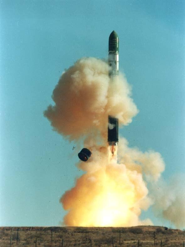 satan Первая в мире баллистическая ракета с ядерным зарядом