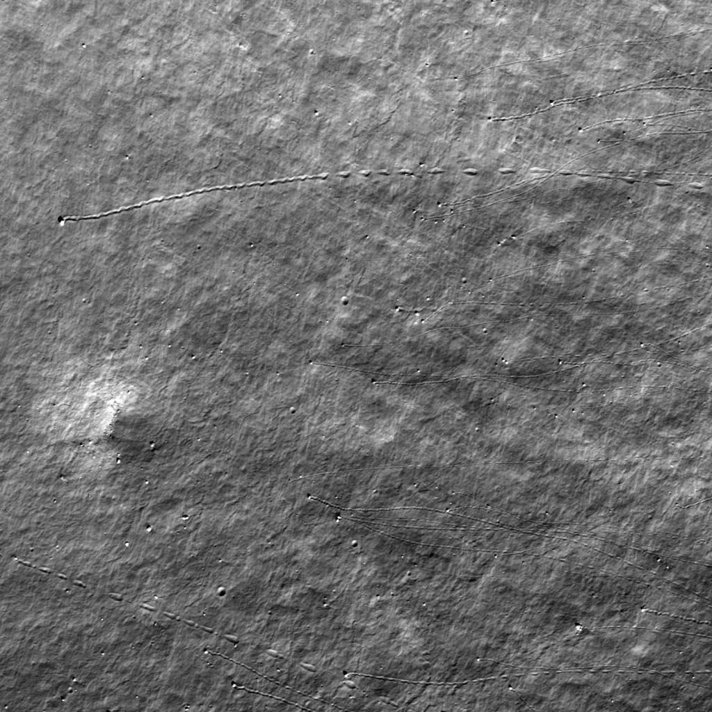 lunhop 1024x1024 Скачущие лунные камни