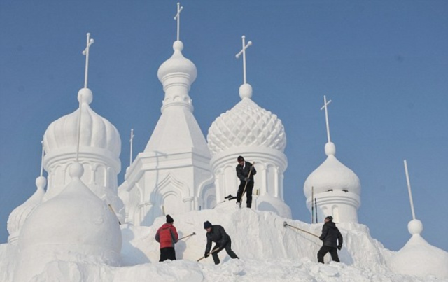 Jingyue Snow 5 Джингуетанский фестиваль снежных скульптур