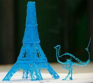 3d pen 1 300x267 Первая в мире 3D ручка, при помощи которой можно рисовать скульптуры
