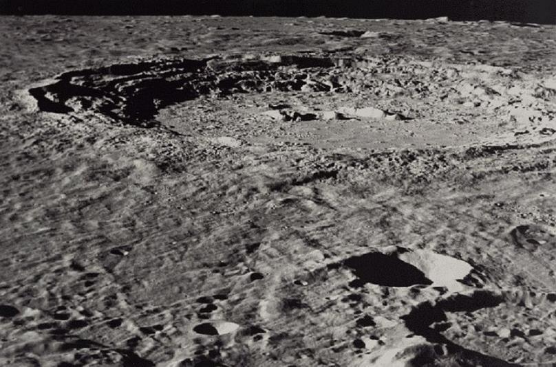 021914 1519 5 Наличие летучих соединений, а также серы и углерода в приэкваториальных областях Луны. Часть II