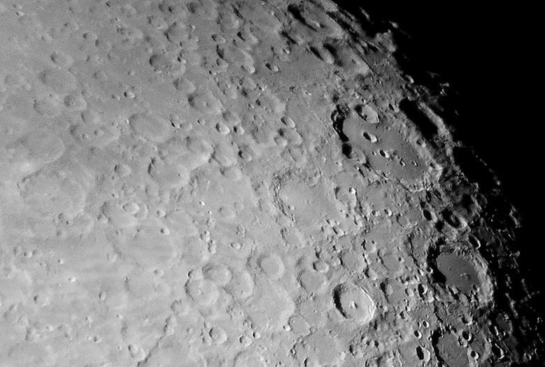 041114 2219 2 Первые исследования Луны автоматическими космическими аппаратами