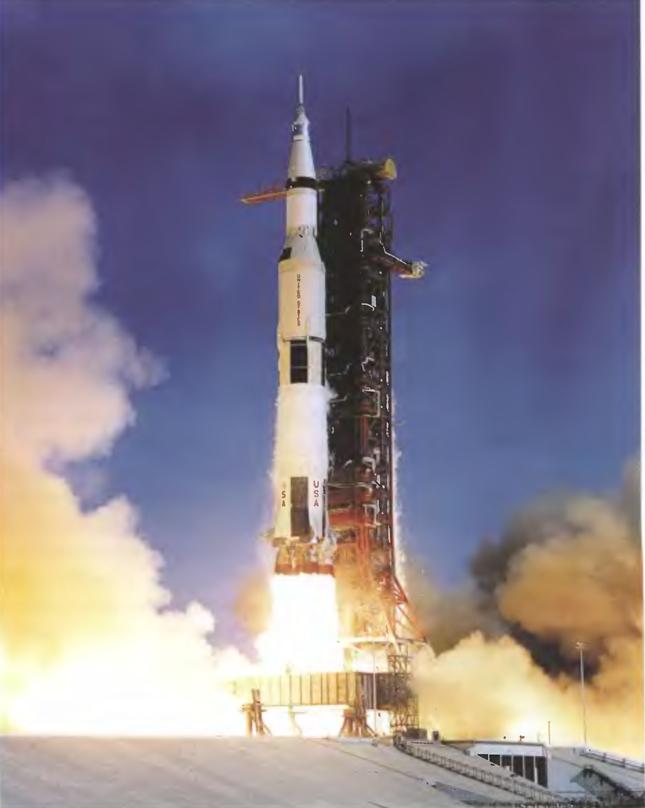 042214 2336 1 Первые экспедиции на Луну американских астронавтов. Часть V