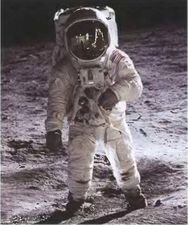 042214 2336 2 Первые экспедиции на Луну американских астронавтов. Часть V