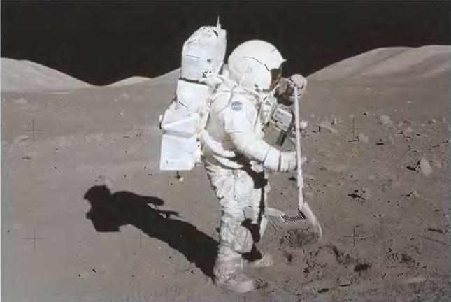 042214 2336 7 Первые экспедиции на Луну американских астронавтов. Часть VII