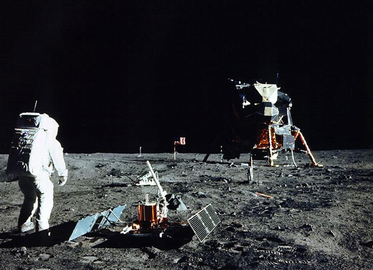 092414 1704 1 Проблемы и возможности освоения Луны. Часть I