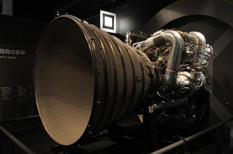030515 1410 10 Летим на Луну: компоновочная схема ММБ с ЯЭРДУ
