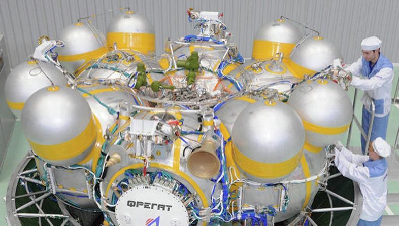 040715 1644 14 Проектно баллистический анализ обеспечения грузовых транспортных операций в системе Земля Луна. Часть I