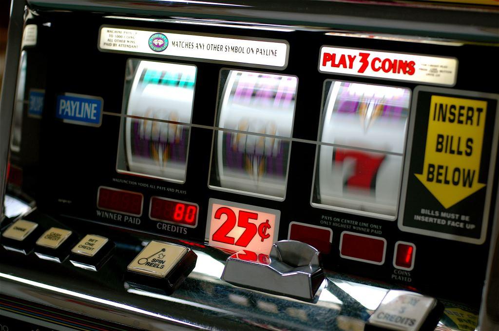 3 Самый крупный выигрыш в игровые автоматы за всю историю казино