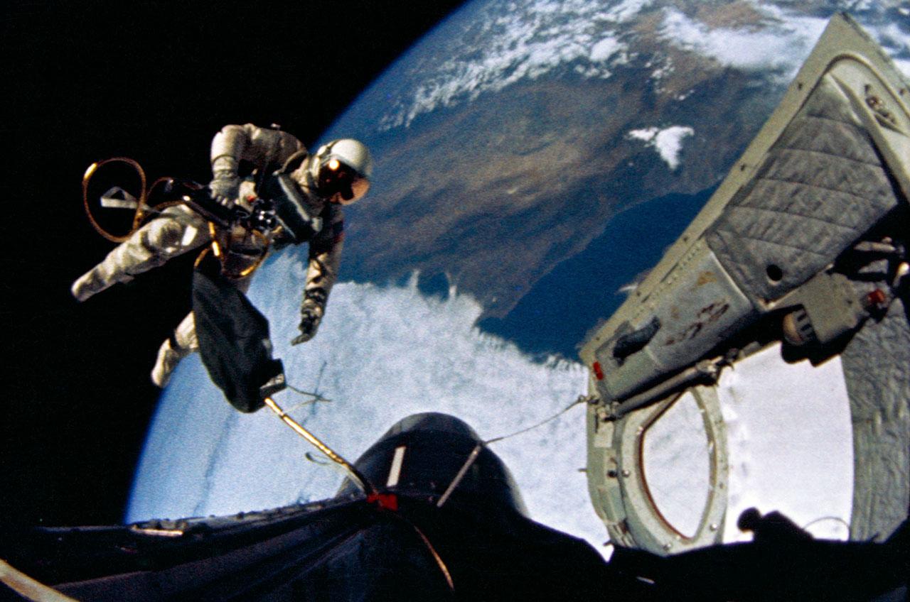o5 Мифотворцы космической эры | Почему «лунный заговор» несостоятелен