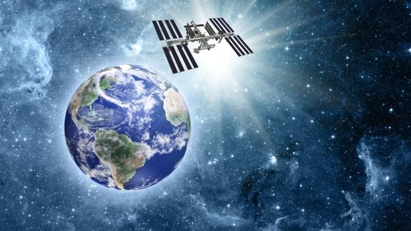 o1 Брошенные в небо: история орбитальных станций