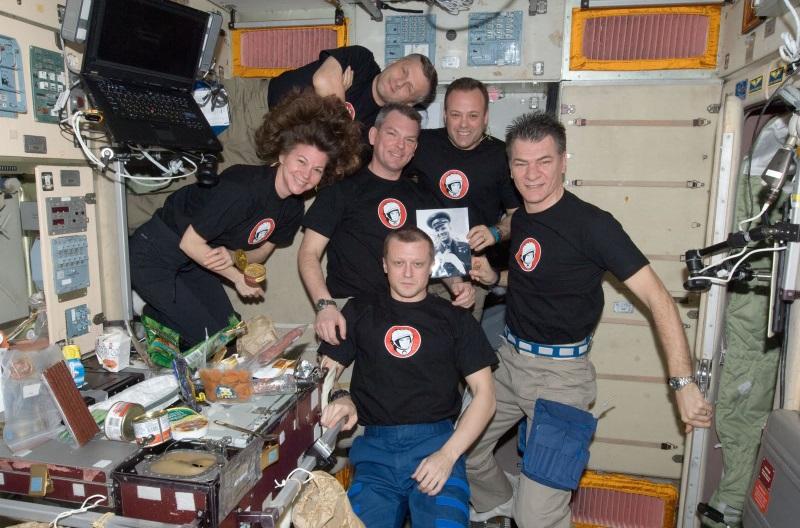 p17 Юбилейная космонавтика: как земные праздники становятся космическими