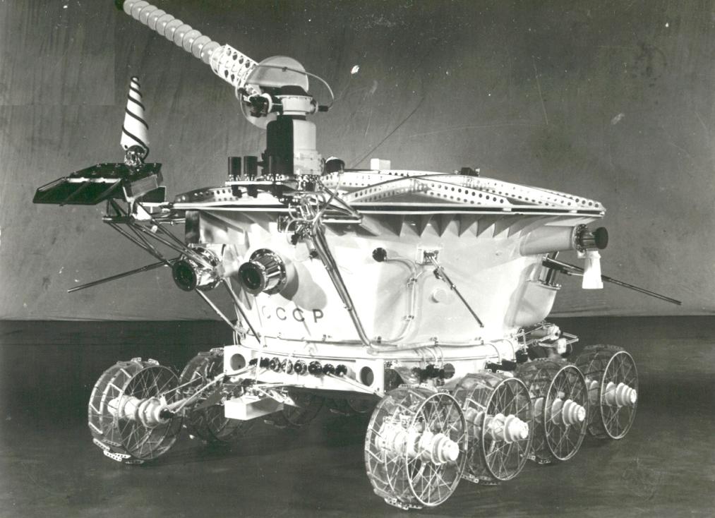 p18 Юбилейная космонавтика: как земные праздники становятся космическими
