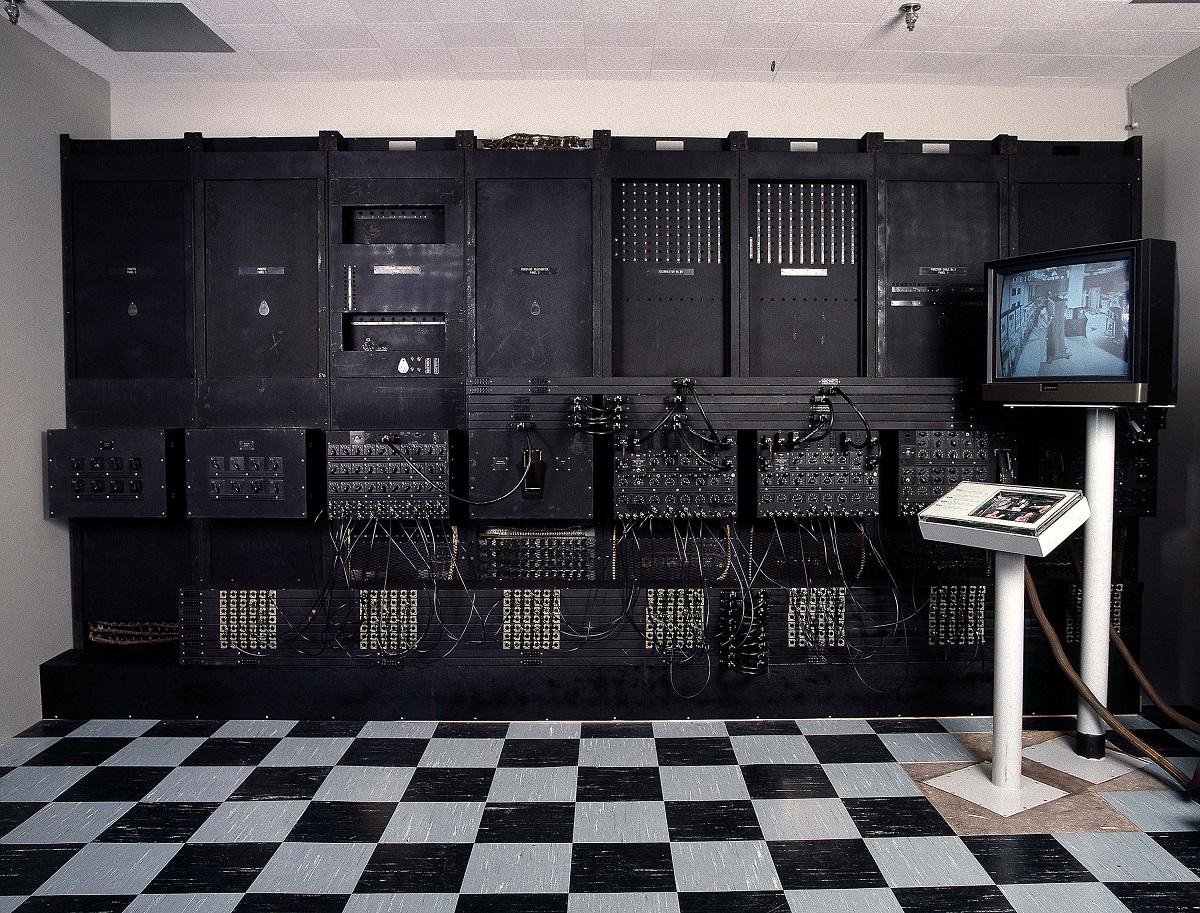 q2 Видоизменённый разум: компьютеры будущего